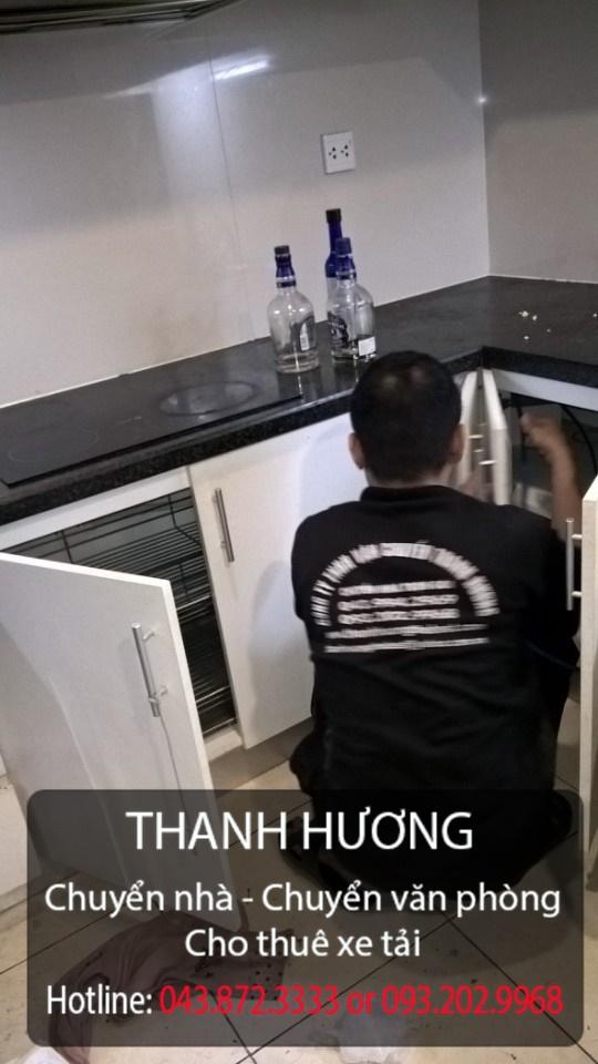 Công ty chuyển văn phòng trọn gói Thanh Hương tại phố Nguyễn Ngọc Vũ